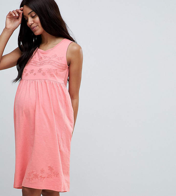 Mama Licious Mama.Licious Mamalicious embroidered sleeveless jersey midi dress in pink