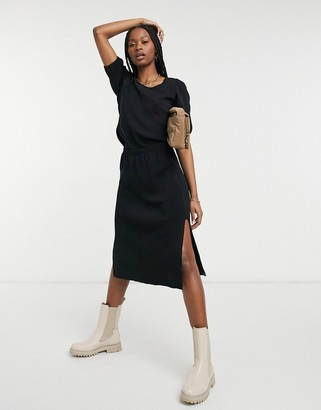 Y.A.S knitted midi skirt co-ord with side split in black