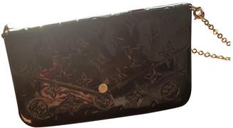 Louis Vuitton Felicie Burgundy Patent leather Clutch bags