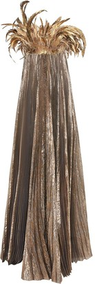 Oscar de la Renta Feather-Detail Pleated Gown