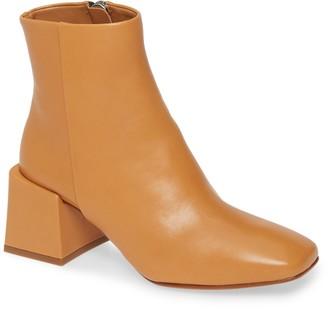 LOQ Lazaro Block Heel Bootie