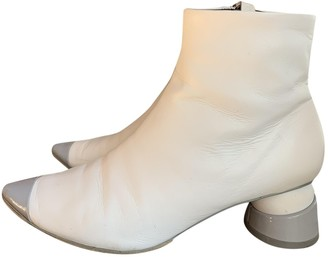 Gray Matters White Leather Ankle boots