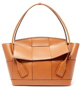 Bottega Veneta The Arco Large Intrecciato Leather Bag - Womens - Tan