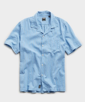 Todd Snyder Camp Collar Seersucker Stripe Short Sleeve Shirt in Light Blue