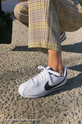Nike Classic Cortez Leather Sneaker