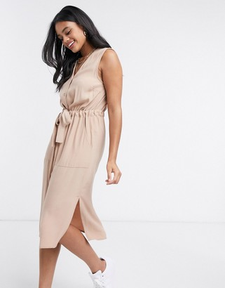 Y.A.S shirt dress with v neck and tie waist in beige