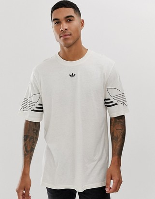 adidas t-shirt with trefoil logo print in beige-Red