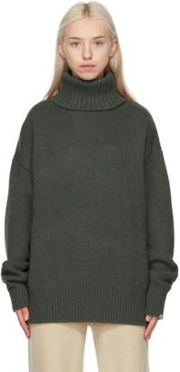 Extreme Cashmere Khaki Cashmere N20 Oversize Xtra Turtleneck