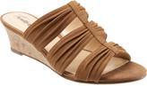 Trotters Women's Mia Slide Wedge Sandal