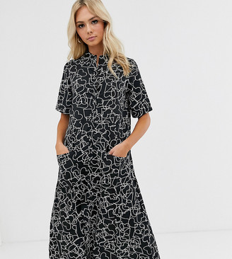 Wednesday's Girl midi shirt dress with full skirt in heart print-Black