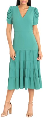 Maggy London Ft Tiered Solid Sundress