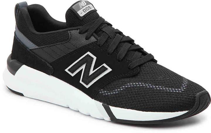 36e456b393c72 009 Sneaker - Women's