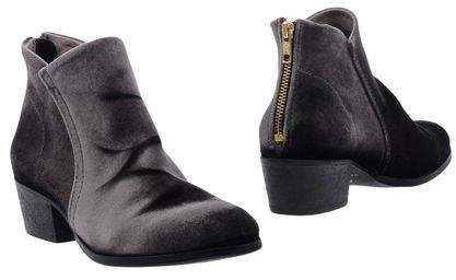 H By Hudson Ankle boots