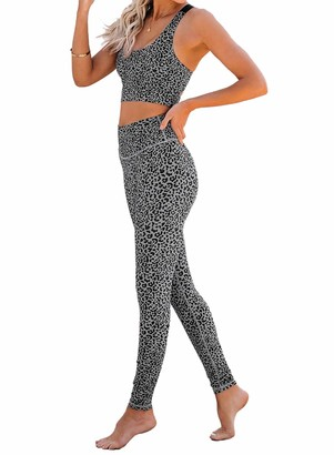 Actloe Women Sport Athletic Outfits 2 Pieces Yoga Workout Sets Printed Crop Top with Capri Leggings Gym Sets Gray Large
