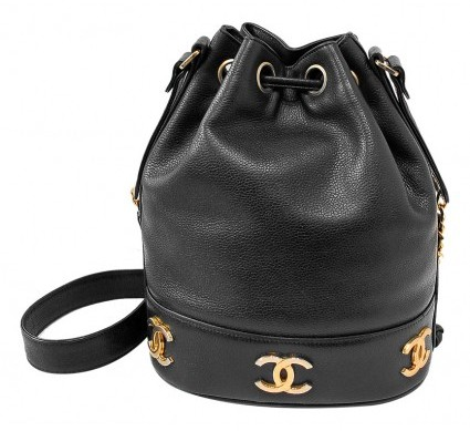 Chanel very good (VG Black Caviar Leather Drawstring Bucket Gold CC Logo Bag