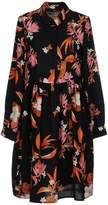 Vero Moda Knee-length dresses
