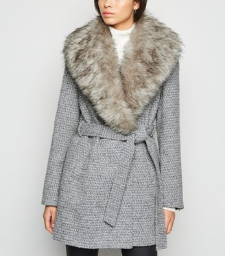 New Look Light Flecked Faux Fur Collar Belted Coat