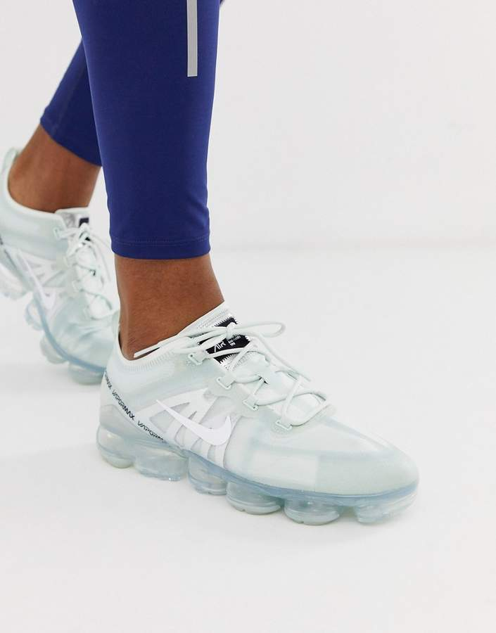 Nike Running Vapormax 2019 sneakers in grey