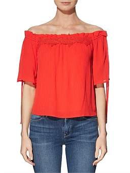 GUESS Off Shldr Bellatrix Top