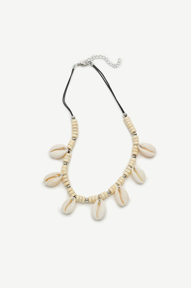 Ardene Shell and Wood Necklace