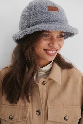 NA-KD Teddy Bucket Hat