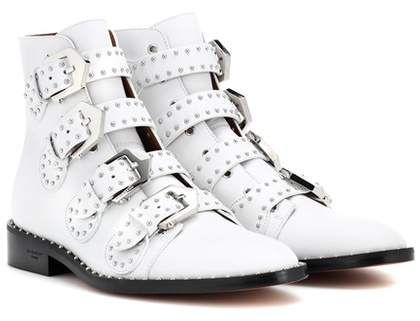 Givenchy Elegant leather ankle boots