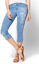 New York & Co. Soho Jeans - Cropped Legging - Embroidered - Fiji Blue Wash
