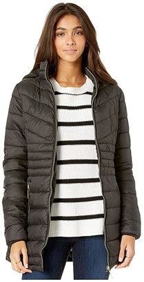 YMI Jeanswear Snobbish Snobbish Long Faux Fur Lined Puffer Jacket with Hood (Black) Women's Clothing
