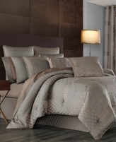 J Queen New York Aston King Comforter Set