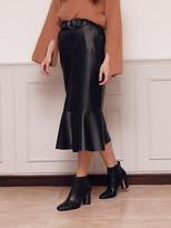 Wardrobe Slit Mermaid Leather Skirt_black