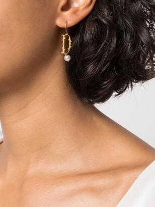 Simone Rocha D initial single hoop earring