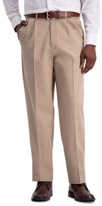 Haggar Men's Work to Weekend PRO Stretch Classic-Fit Pleated Casual Pants