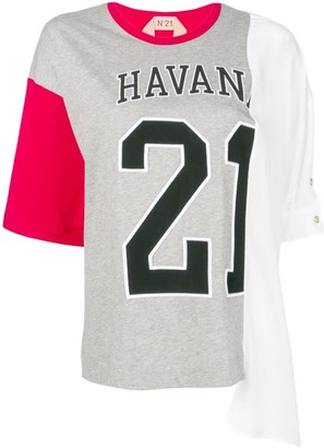 No.21 oversized varsity print T-shirt