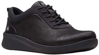 Clarks Womens Sillian2.0pace Closed Toe Oxford Shoes, 5 Medium, Black