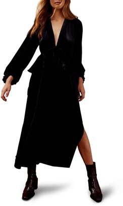 Topshop Deep Double-V Long Sleeve Velvet Dress