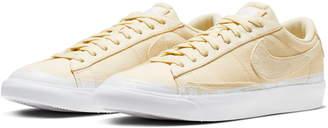 Nike Blazer Low Top Sneaker