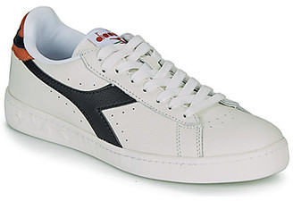 Diadora GAME L LOW women's Shoes (Trainers) in White