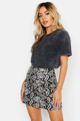 boohoo Petite Acid Wash Oversized T-Shirt