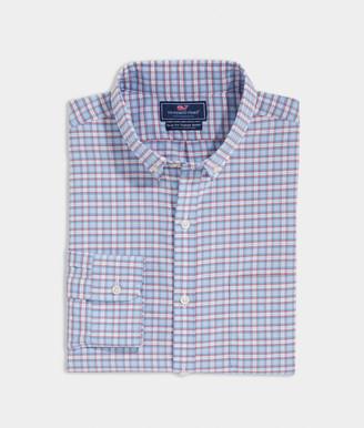 Vineyard Vines Slim Fit Sandbar On-The-Go Performance Tucker Button-Down Shirt
