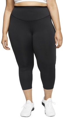 Nike Plus Size One Graphic Cropped Leggings