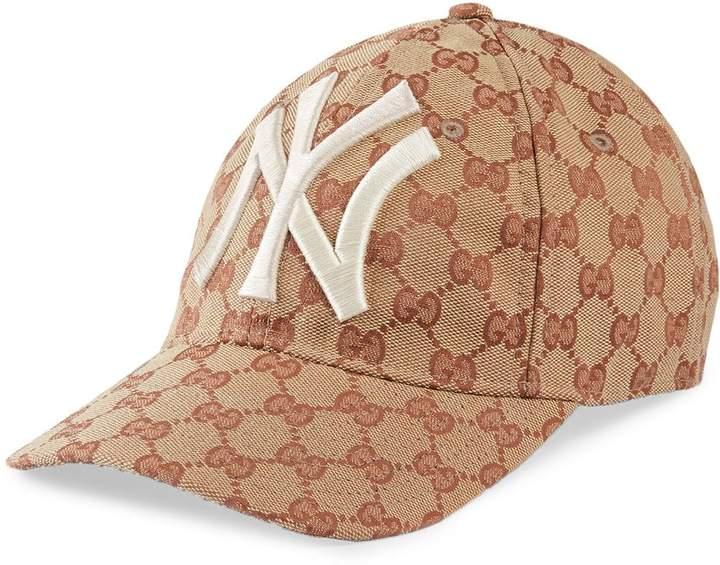 0b50c7dbb Baseball hat with NY YankeesTM patch