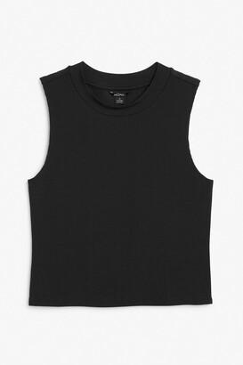 Monki Sleeveless tunic-neck top