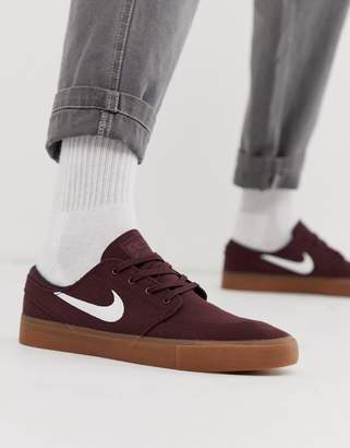 Nike Sb SB Zoom Janoski trainers in brown