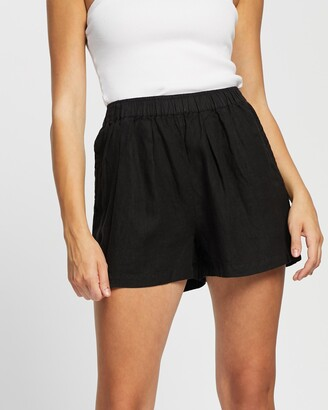 Assembly Label - Women's Black High-Waisted - Noma Linen Shorts - Size 6 at The Iconic