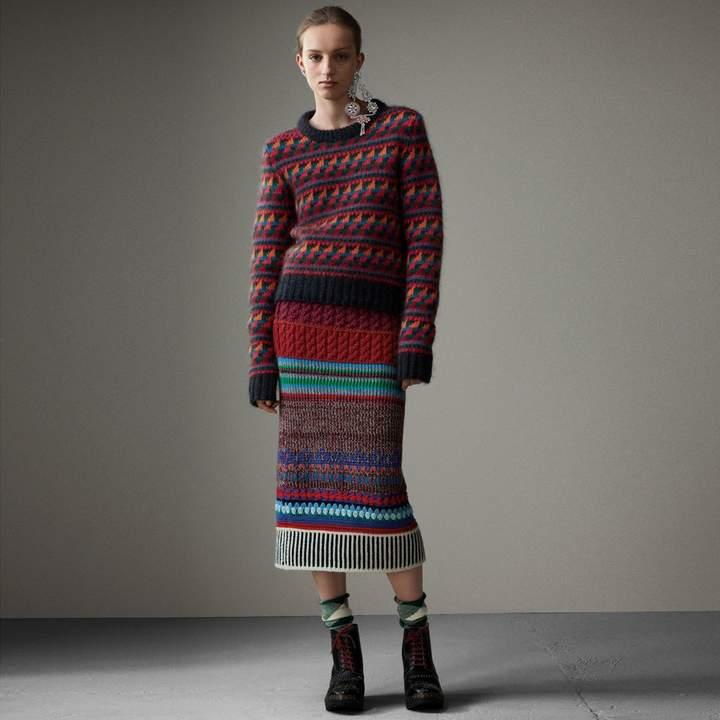 Burberry Hand-crocheted Detail Cashmere Wool Blend Skirt