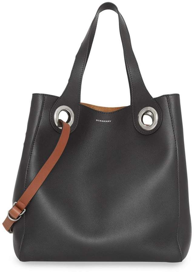Burberry The Medium Leather Grommet Detail Tote
