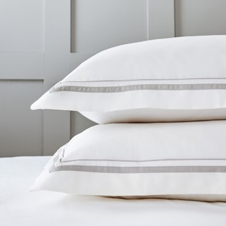 The White Company Cavendish Oxford Pillowcase with Border Single, White Mink, Large Square