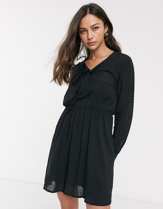 JDY Rise long sleeve pussybow dress-Black
