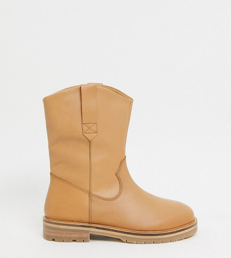 ASOS DESIGN Wide Fit Andy leather pull-on trucker boots in sand