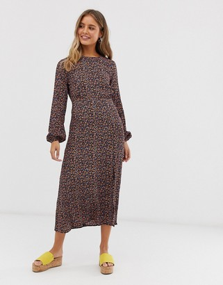 New Look long sleeve split midi dress in dark floral print-White